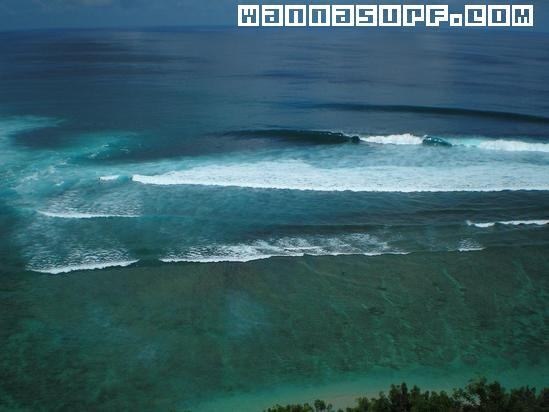 Surfing the Gili Islands - Rapture Surfcamps - Bali - Portugal