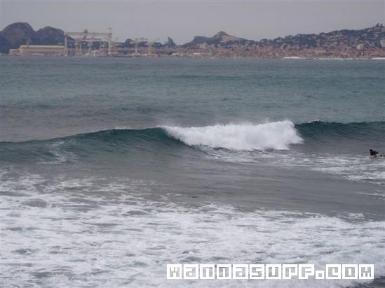 La ciotat Surfing in Mediterranean France WannaSurf surf spots