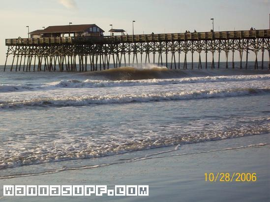Garden City Pier Surf Photo By Lee Norberg 8 57 Am 6 Sep